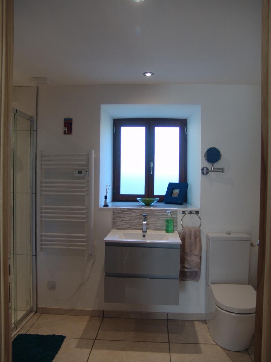 Skye-bathroom